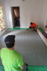 carpet-installation-cutting-in