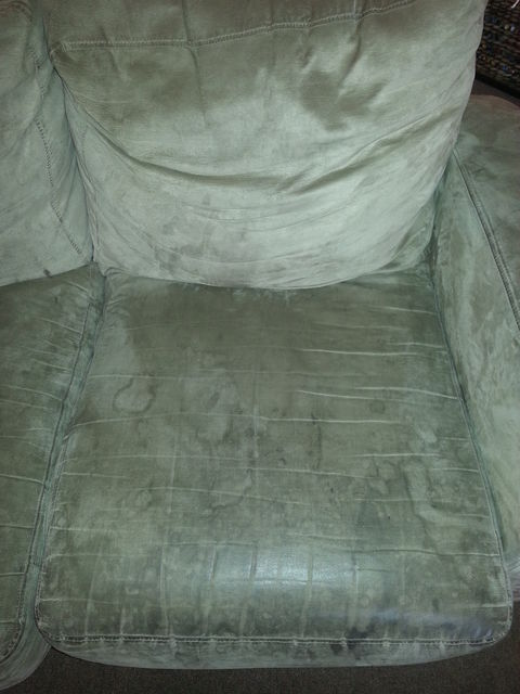 upholstery-cleaning-before